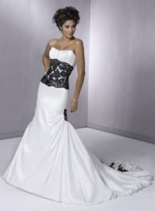 8. Black And White Mermaid Wedding Dress