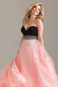 Top Ten Plus Size Prom Dresses To Flatter Your Body Bestbride101