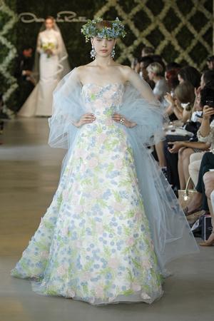 Ten Beautiful Plus Size Wedding Dresses with Sleeves – BestBride101