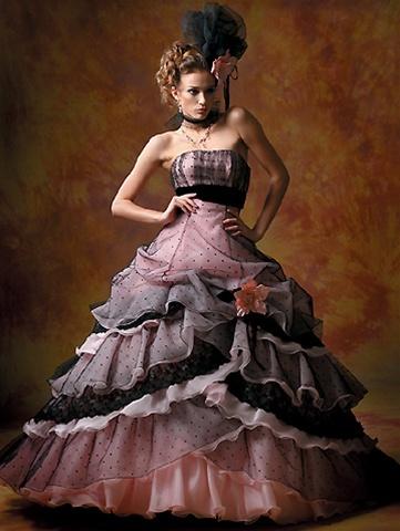 10 most romantic pink wedding dresses bestbride101. Black Bedroom Furniture Sets. Home Design Ideas