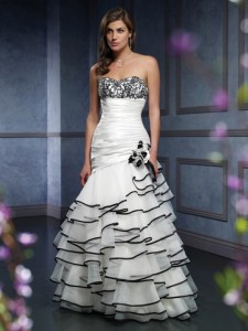 colored_wedding_dress_020