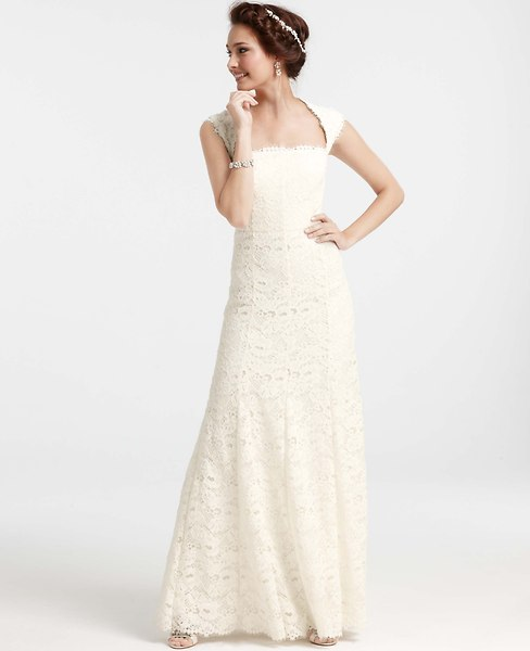The top ten ann taylor wedding dresses for petite women in for Best wedding dresses for petites