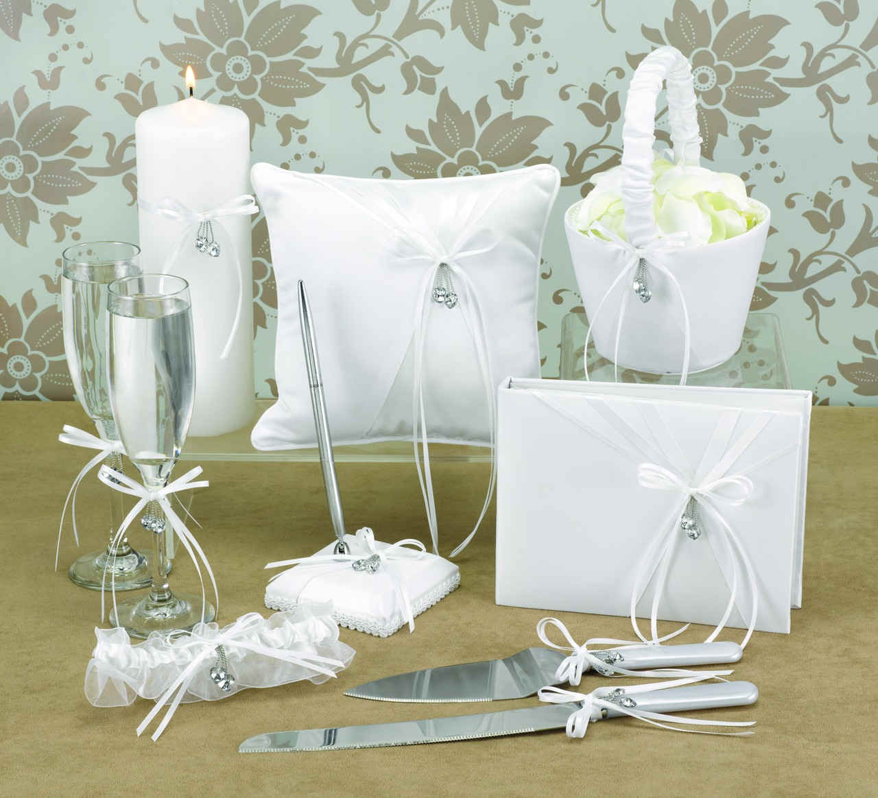 Wedding supplies romantic decoration for Where to buy wedding accessories