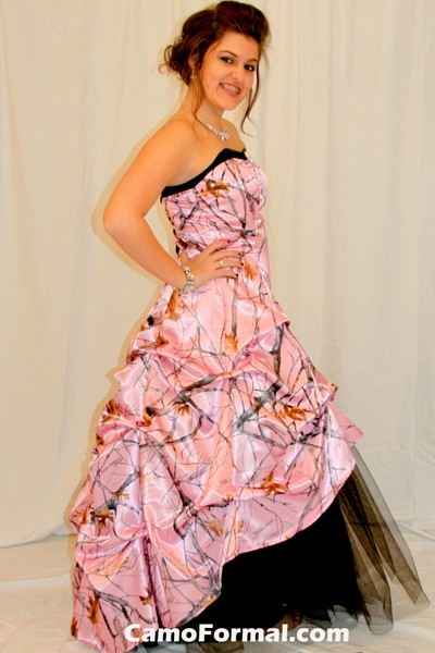 White And Pink Camo Wedding Dresses 110