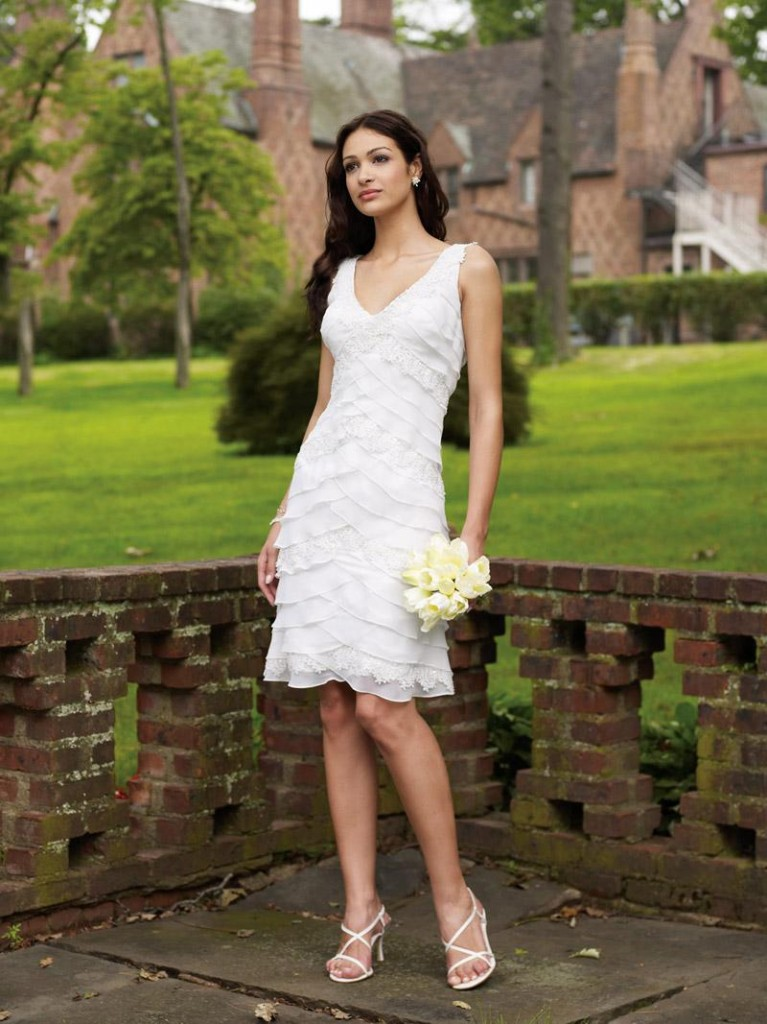 Informal Wedding Dresses In 10 Fashionable Styles Bestbride101