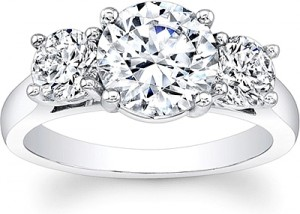 round-brilliant-cut-3-stone-diamond-engagement-ring-scs1224e-1-C