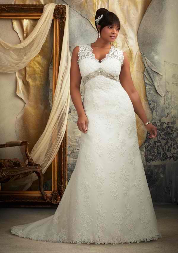 Top 10 Plus Size Wedding Dresses For The Gorgeous Bride – BestBride101