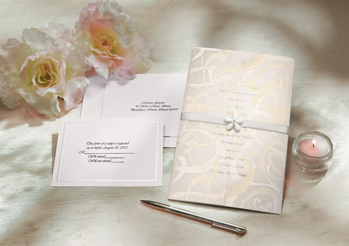 10 Easy And Unique Rehearsal Dinner Invitations