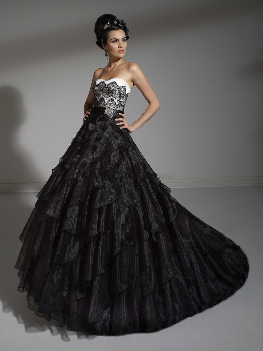 8 Breathtaking Black Wedding Dresses For The Unique Bride. Tea Length Wedding Dresses Vintage Uk. Cheap Wedding Dresses Nz. Long Sleeve Lace Wedding Dress Cape Town. Beach Wedding Dresses Hire Cape Town. Classic Wedding Dresses Uk. Vera Wang Wedding Dresses Toronto. Inexpensive Off The Shoulder Wedding Dresses. Winter Wedding Dresses Photos