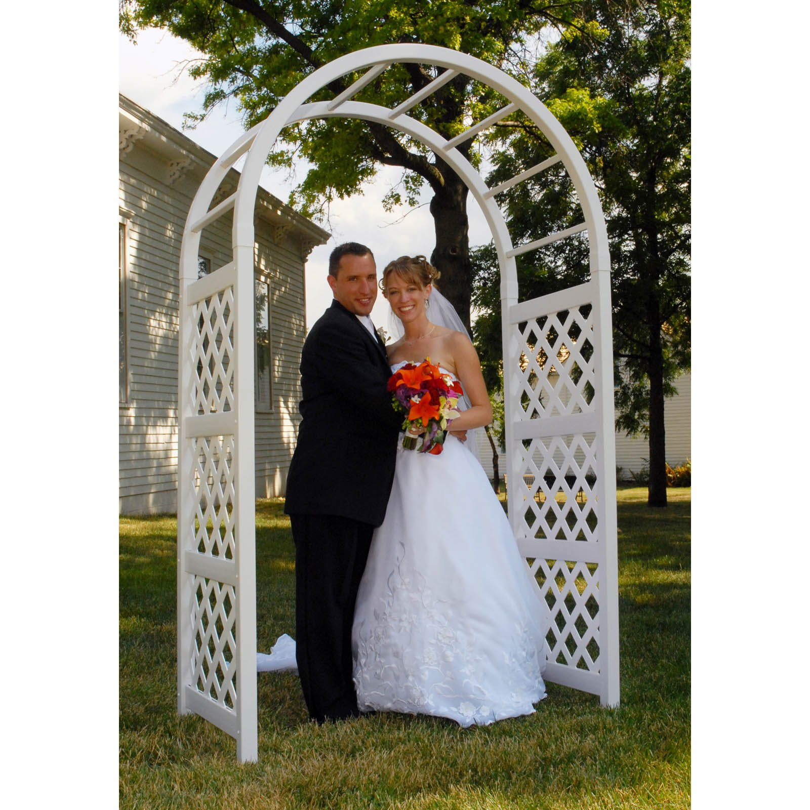 Wedding Arch Decorations Pictures: 10 Pretty Ideas For Using Wedding Arches