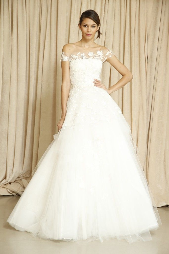 Top wedding dress designers 2014 bestbride101 for Custom wedding dress designers
