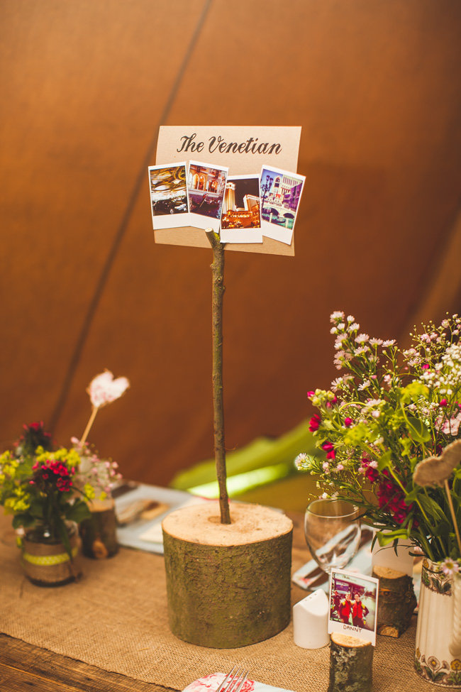 7-quick-and-easy-rustic-wedding-details-that-wont-blow-the-budget-PLACE-CARD-HOLDERS-chrisbarberphotography.co_.uk-HelenWill-417