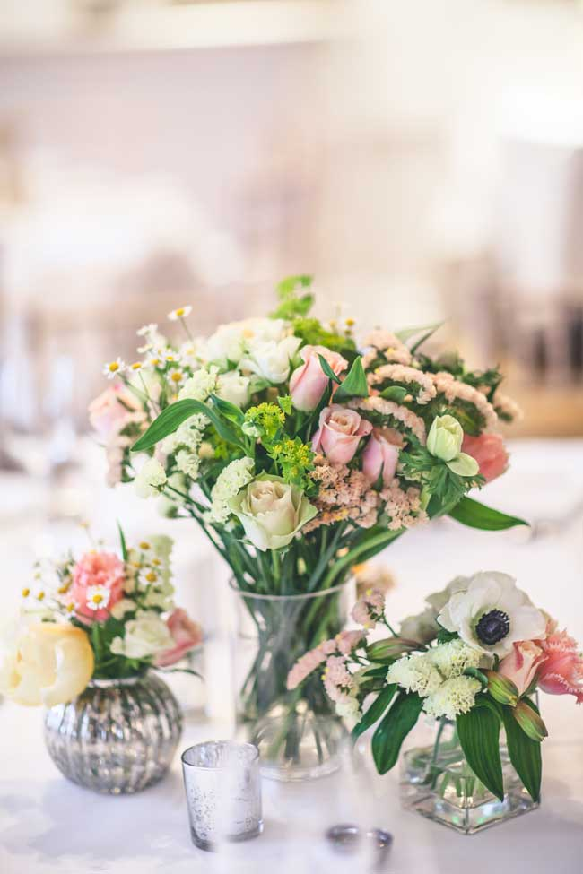8-inspirational-table-centre-ideas-for-spring-and-summer-weddings-wookiephotography.com_