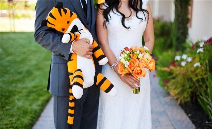 calvin and hobbes themed wedding