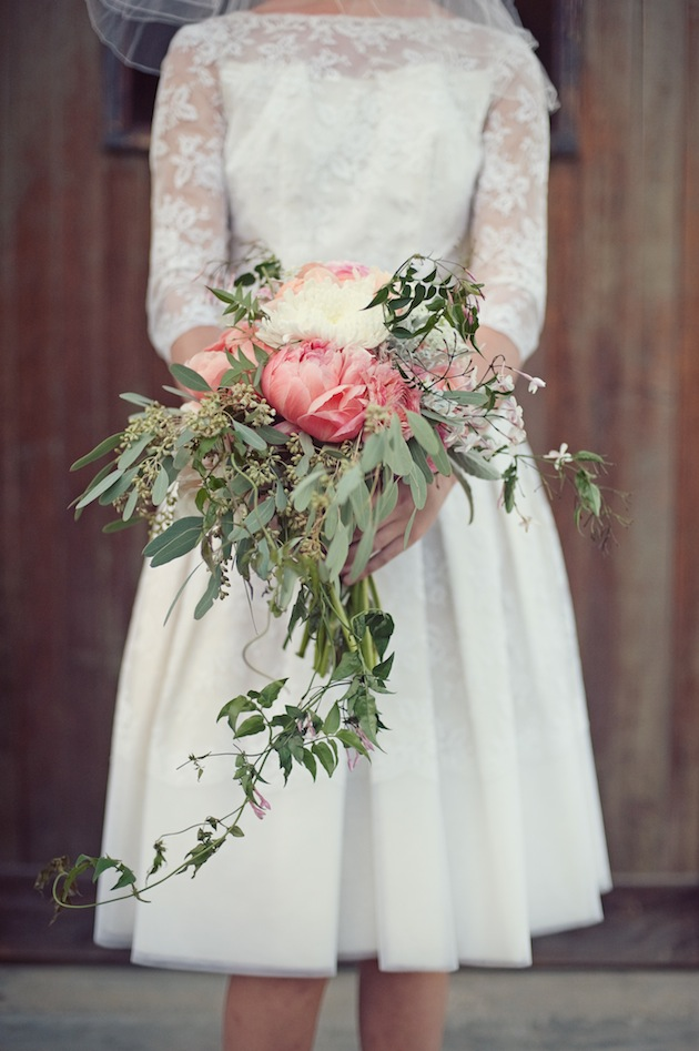 12 Absolutely Gorgeous Cascading Wedding Bouquets – BestBride101