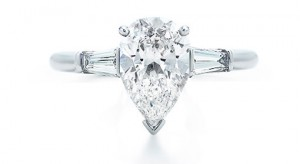 1. Classic Diamond Pear Shaped Engagement Rings