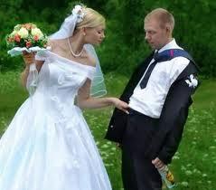 5.  Silly Wedding Photos