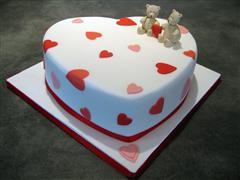 6. Simple Heart Cake