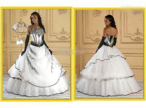 7. Organza Black And White Wedding Dress