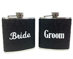 Top 10 Traditional Gifts For the Groom From the Bride On Their Special Day
