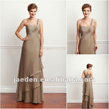 3. One Shoulder Style