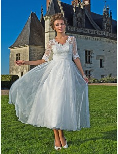 5. Organza and Lace Wedding Gown