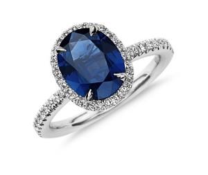 Oval-Cut-Sapphire-Diamond-Engagement-Ring