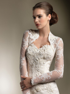 gorgeous-lace-sweetheart-wedding-dress-long-sleeve-jacket-2