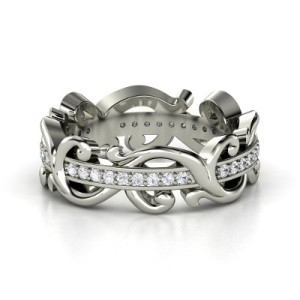 sterling-silver-ring-with-whitesapphire