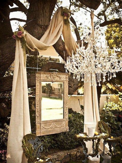 chandelier photobooth bestbride101